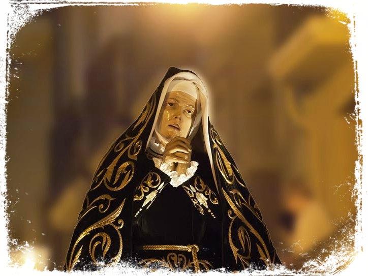 sonhar com maria na procissão da igreja