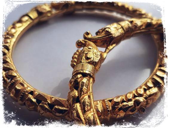 sonhar com pulseira e bracelete