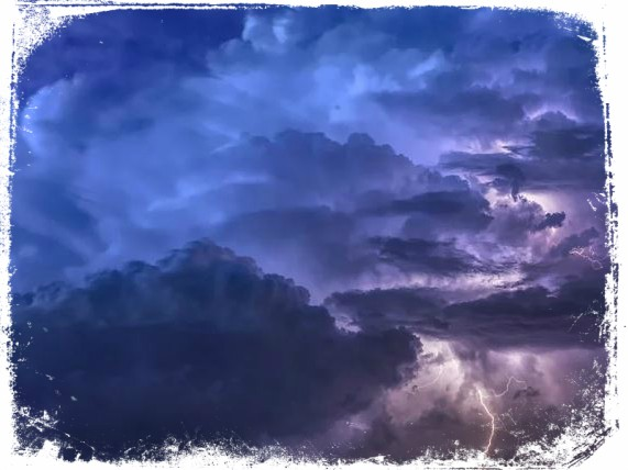 sonhar com raio e tempestade