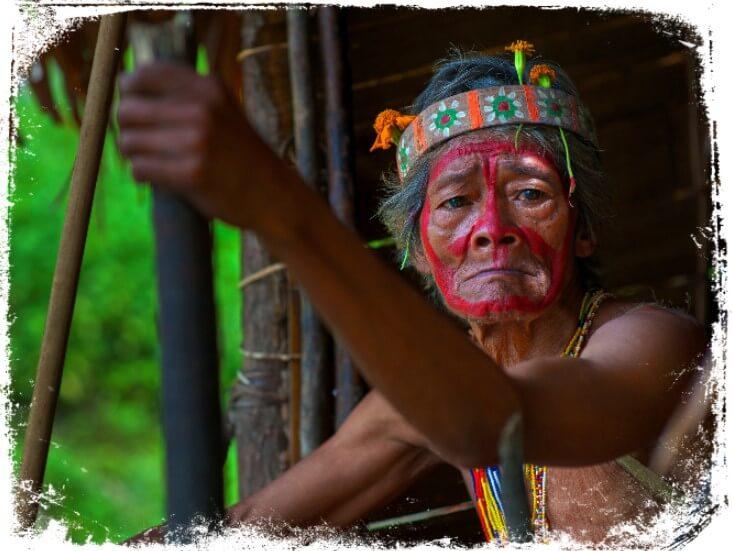 Sonhar com índio curandeiro