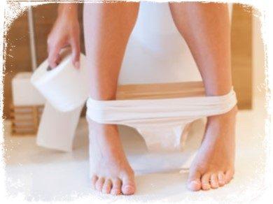 o que significa sonhar com urinar no banheiro