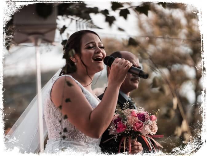 o que significa sonhar cantando em casamento