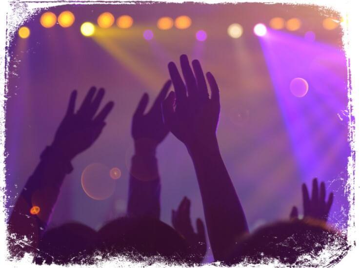 Sonhar música ao vivo em show