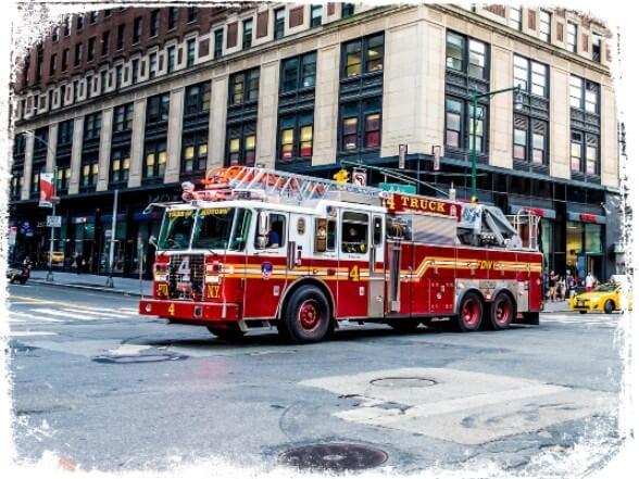 Sonhar com caminhão de bombeiros