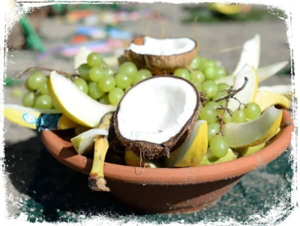 Sonhar com oferenda de frutas