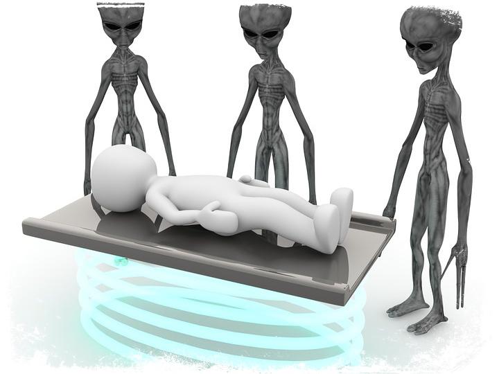 Alienígenas te examinando sonho
