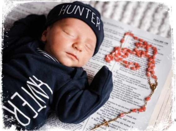Qual o significado de sonhar com bíblia e bebê