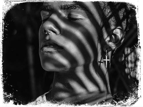 Significado de sonhar com brinco de cruz