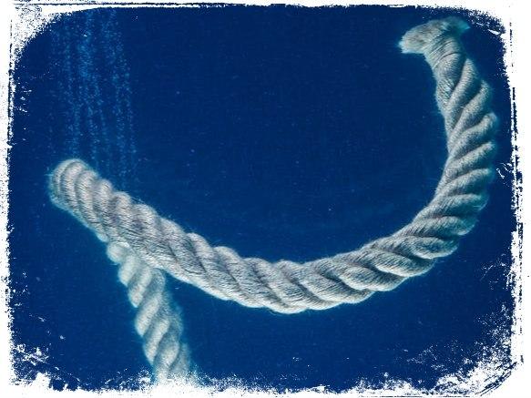 Qual o significado de sonhar com corda na água