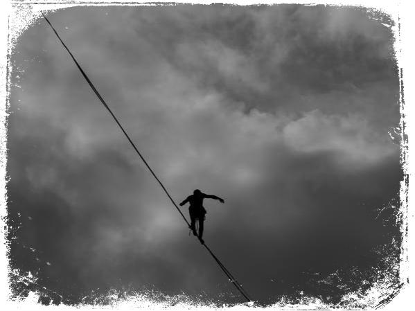 Qual o significado de sonhar que anda sobre uma corda