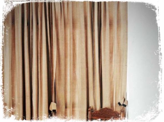 O que significa sonhar com cortina fechada