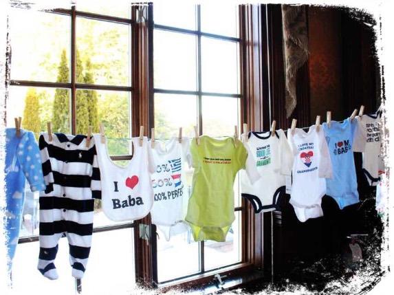 Qual o significado de sonhar com varal e roupas infantis