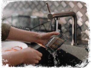 Significado de sonhar lavando louça