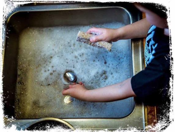 O que significa sonhar que lava louça