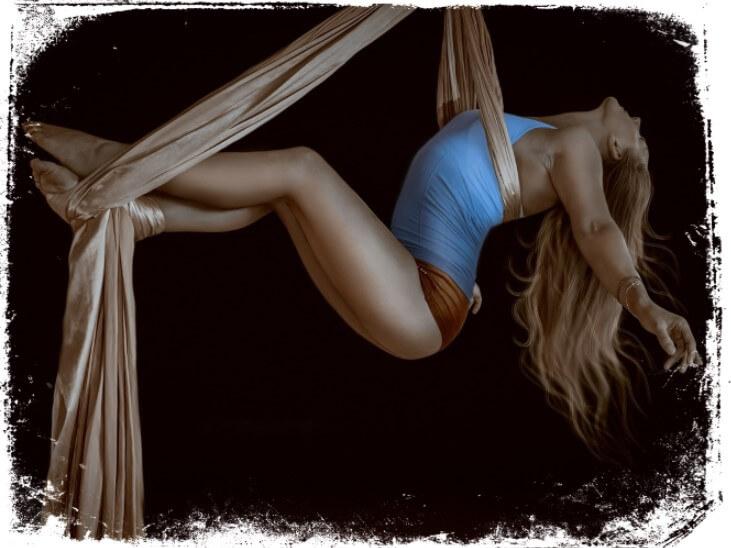 Sonhar com artista de circo